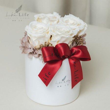 情人節永生玫瑰花盆栽米白色玫瑰花,白色玫瑰花,情人節花束白色