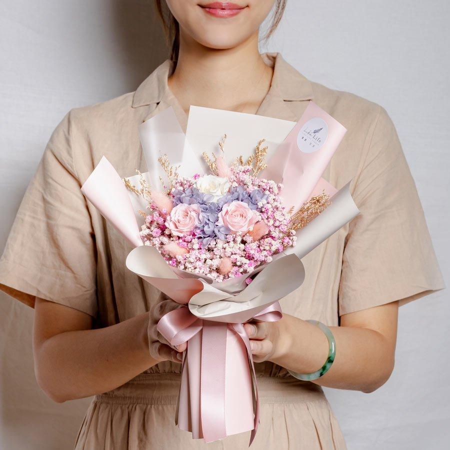永生花束粉色,情人節永生玫瑰花束粉色,永生花束台北乾燥花永生花束推薦