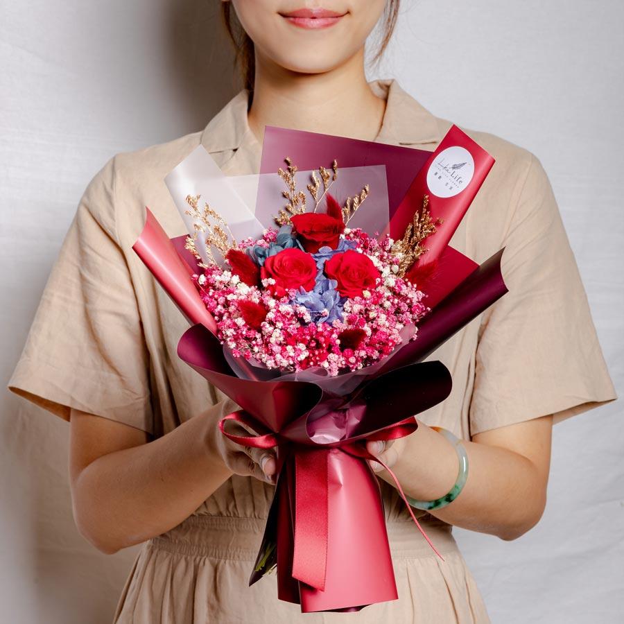 永生花束紅色,情人節花束,紅色永生花束,中型永生花束,台北永生花束,喜歡生活乾燥花店