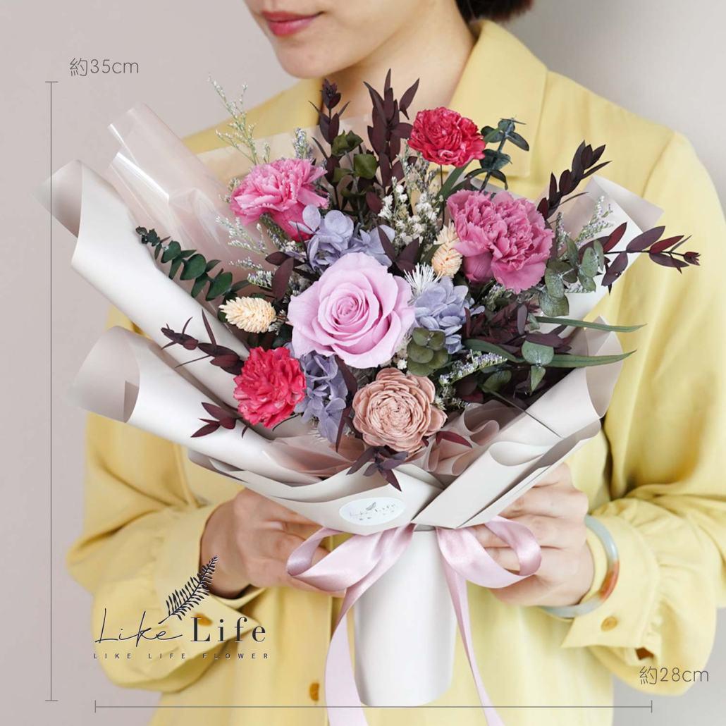 康乃馨花束-粉紅色永生花康乃馨花束特寫,母親節康乃馨花束台北,公分數照片