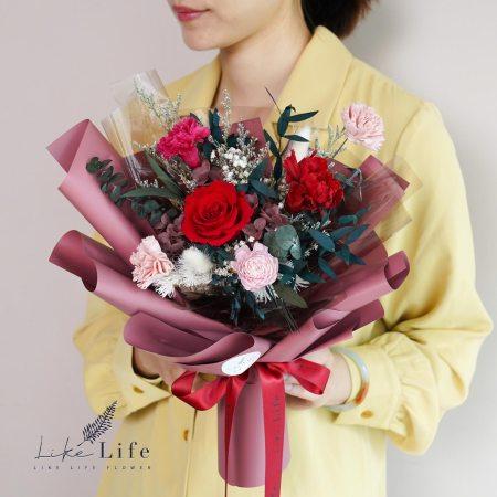 康乃馨花束-紅色永生花康乃馨花束封面