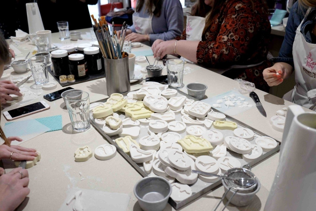 Champagne and Cupcakes with Eric Lanlard and Red Letter Days. icing moulds