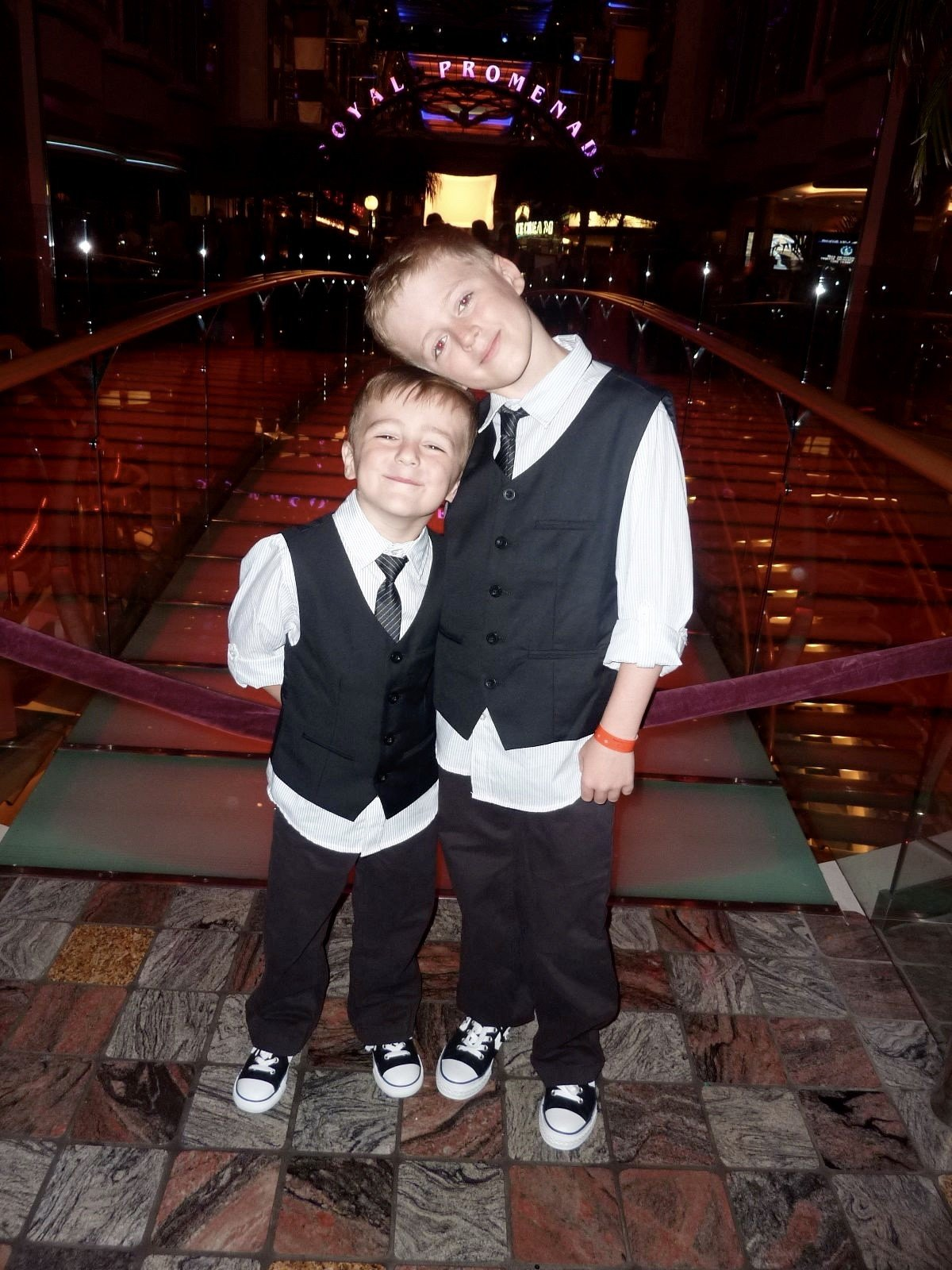 Pisa! 10 things I love about cruising Royal Caribbean Independence of the Seas boys in suits and converse