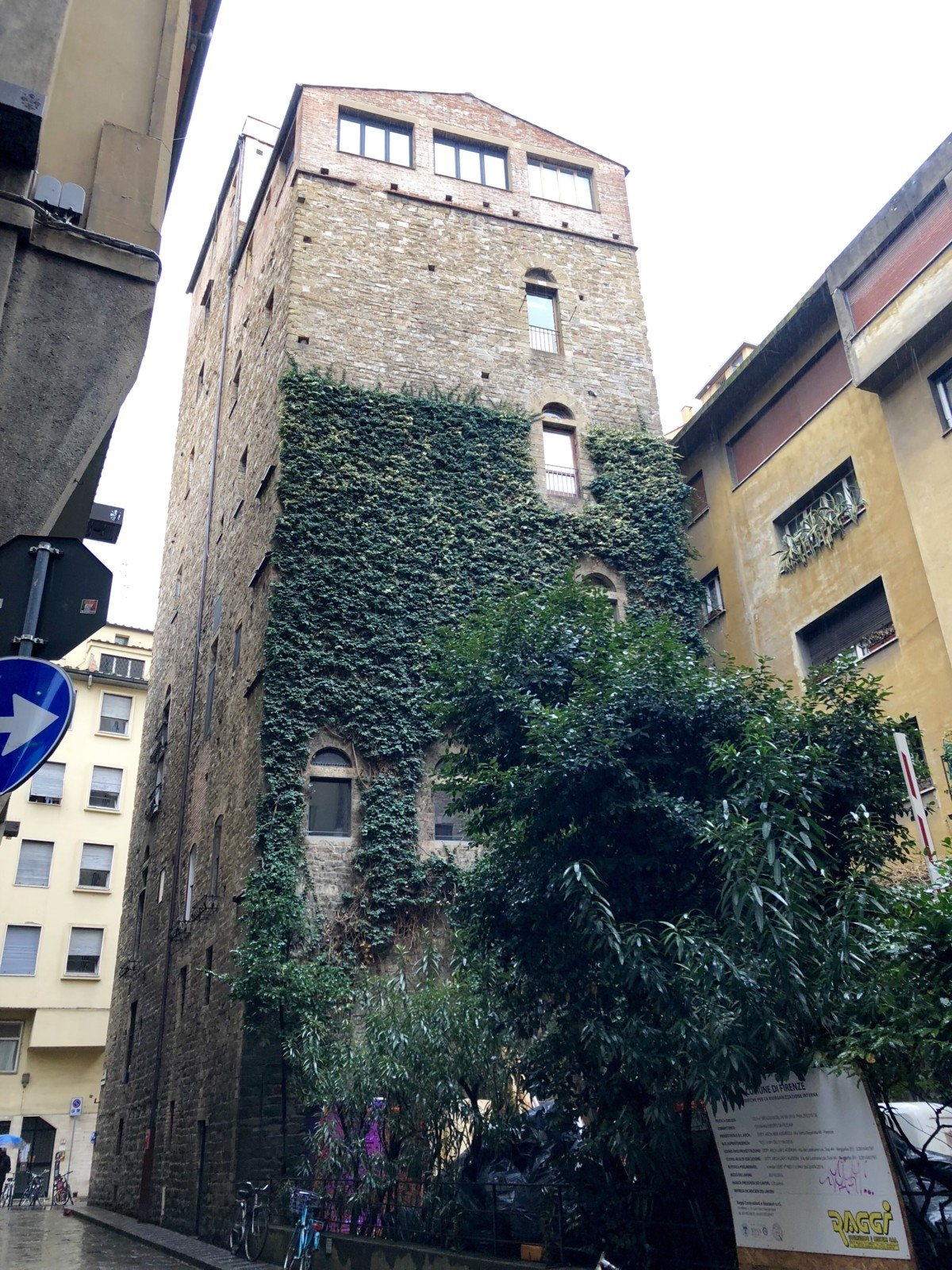 Belfredelli Tower Day trip Gelato making in florence with Livitaly