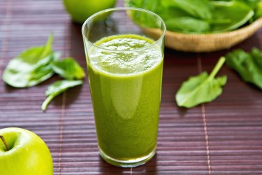 If this site helps you stumble into a green smoothie challenge, that's great! There's no day better than today to make a personal dedication to your health. And once you get started, I guarantee it won't seem like much of a challenge because green smoothies are so delicious. Ingredients: Spinach, strawberries, banana, apple http://watchfit.com/diet-plans/10-day-green-smoothie-cleanse/