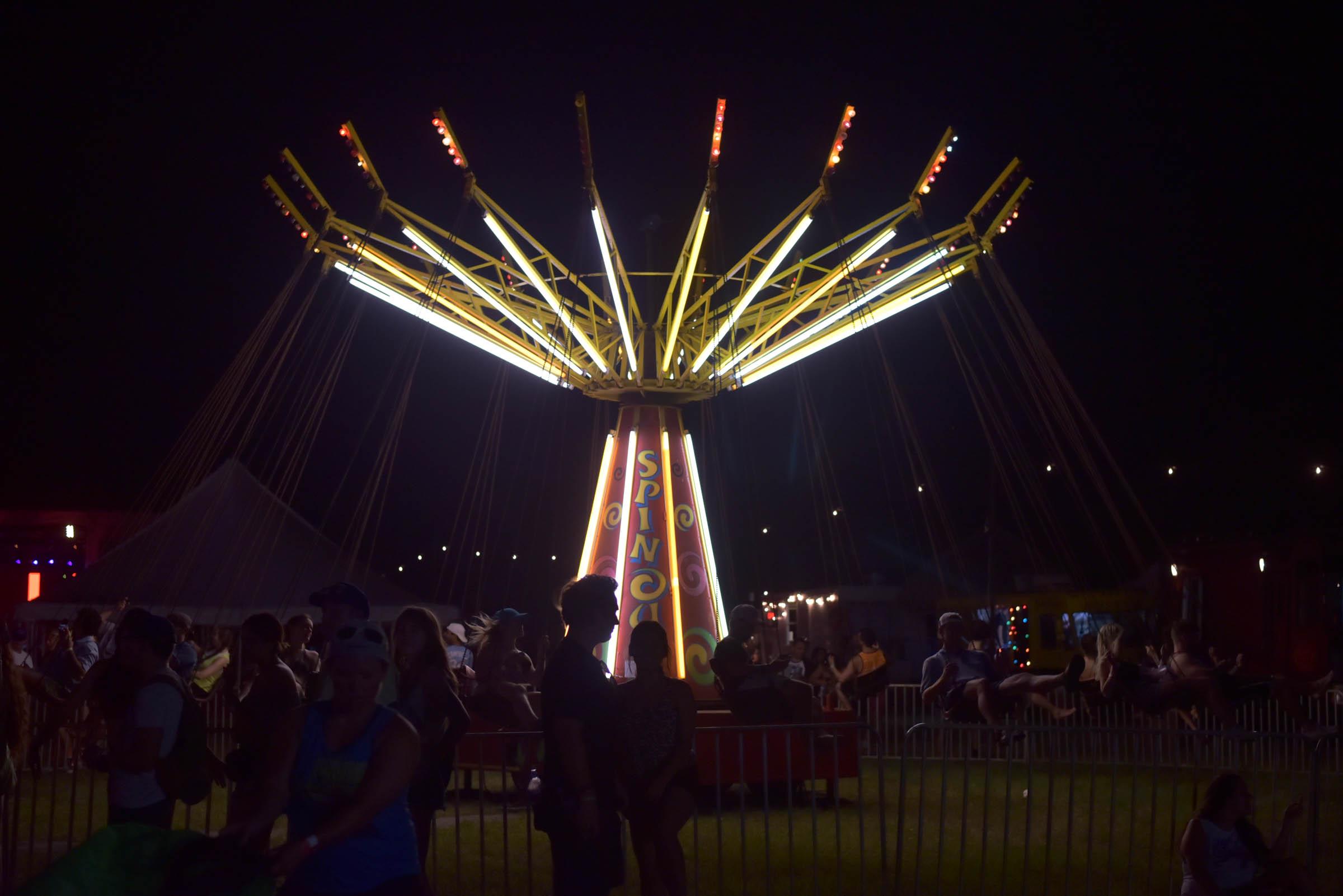 float fest spin swing