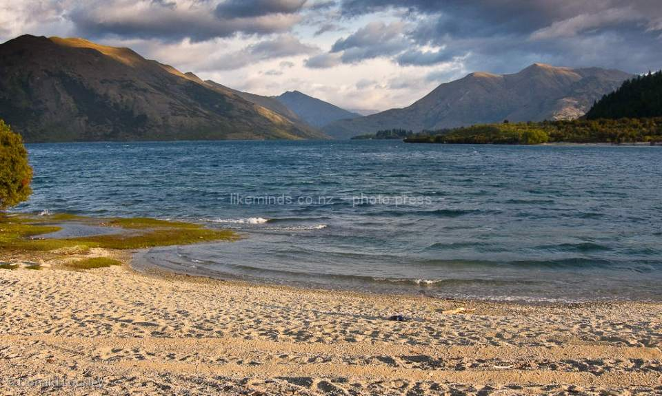 Lake Wanaka Outlet by Donald Lousley.
