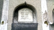 One grave, four occupants