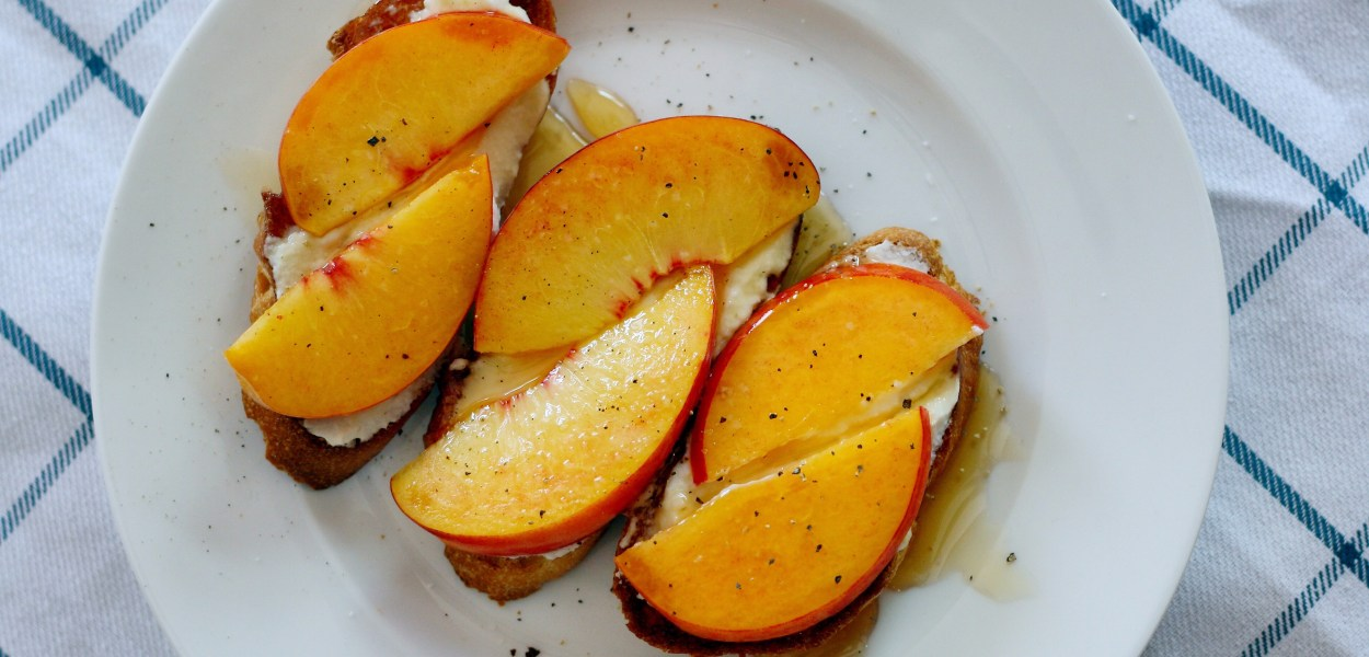 Ricotta Peach Crostini