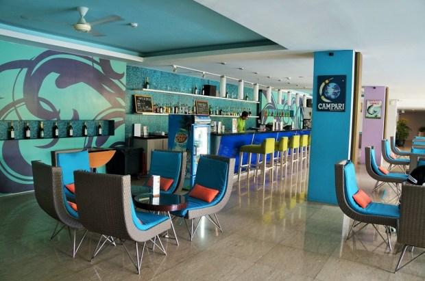 Onde ficar em Nusa Dua gastando pouco - restaurante e bar