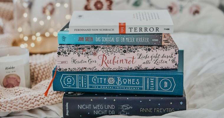 Von Cassandra Clare bis John Green: Das sind meine liebsten Autor*Innen