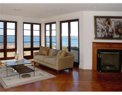 585 Ocean Avenue, Newport