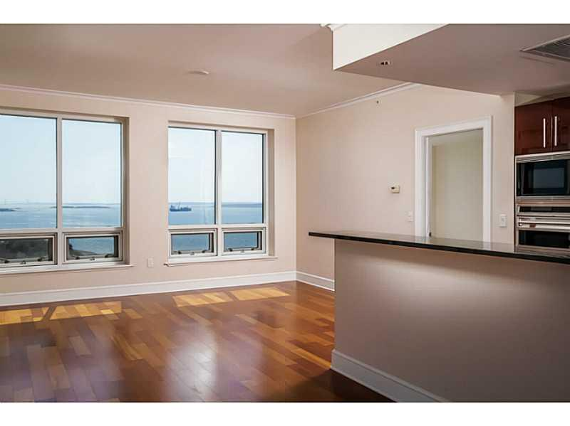 Additional photo for property listing at 1 TOWER DR 1202, Portsmouth, Rhode Island  Portsmouth, Rhode Island,02871 États-Unis