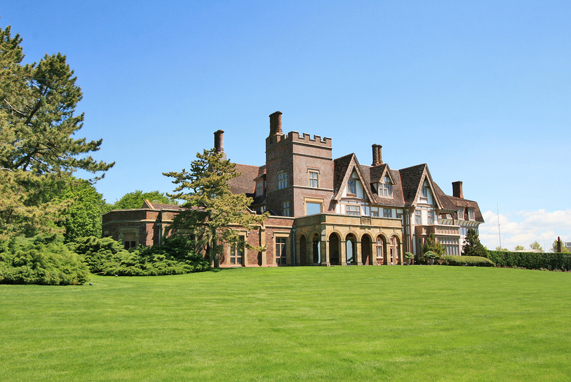 PRESIDENT KENNEDY AND THE DUKE AND DUCHESS OF WINDSOR STAYED AT THIS NEWPORT, RHODE ISLAND, MANSE