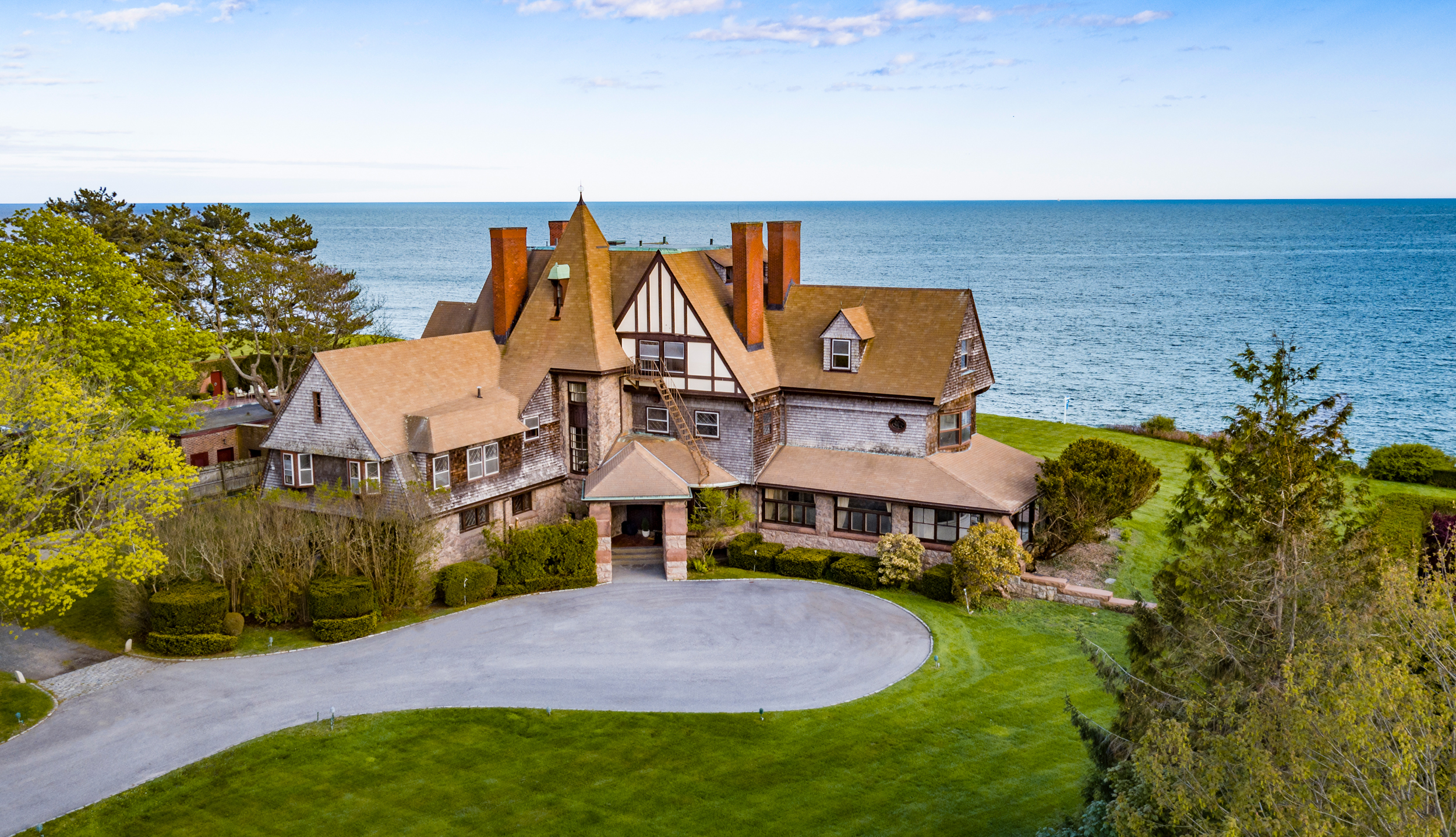 'Midcliff' Sold, Represents Second Highest Sale in Newport This Year
