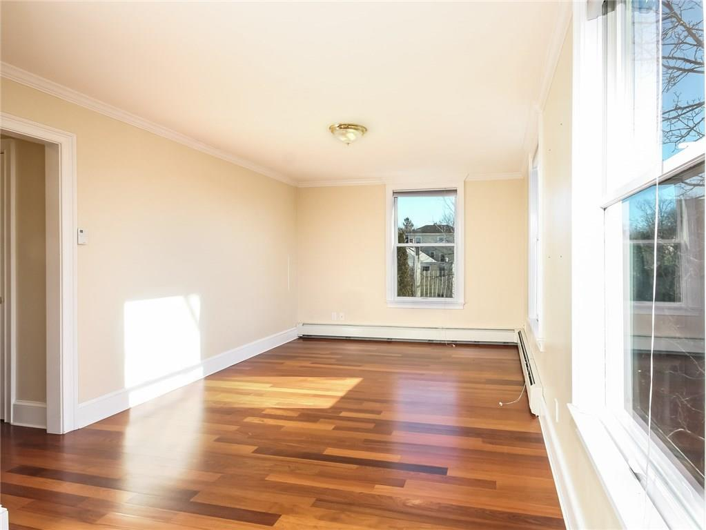 Additional photo for property listing at 29 Bull ST, Newport, Rhode Island  Newport, Rhode Island,02840 United States