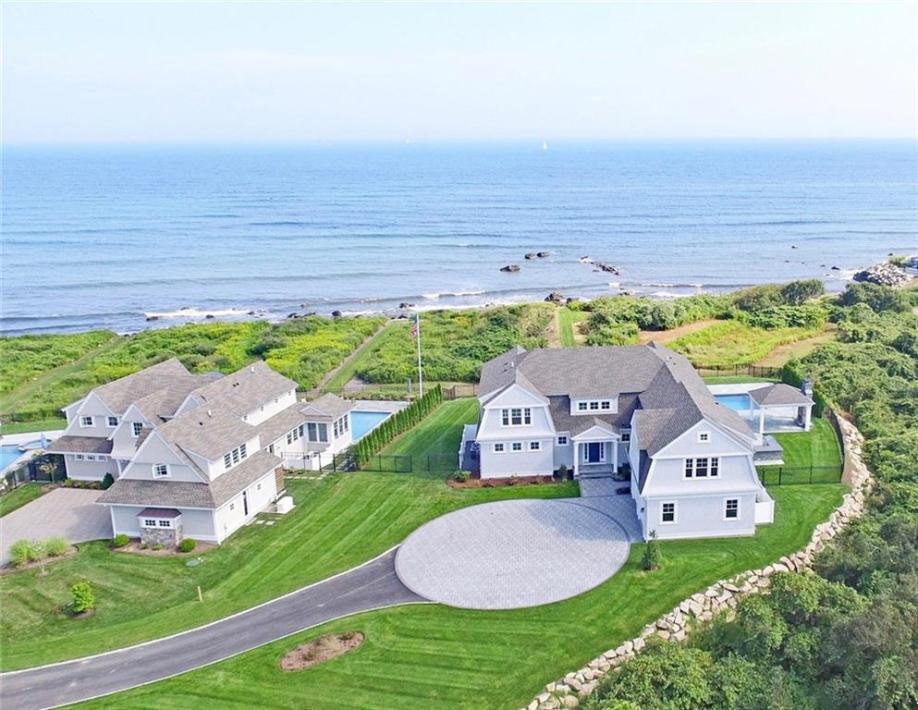 1044 Ocean Road, Narragansett