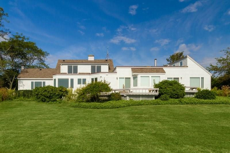 743 Indian Avenue, Middletown