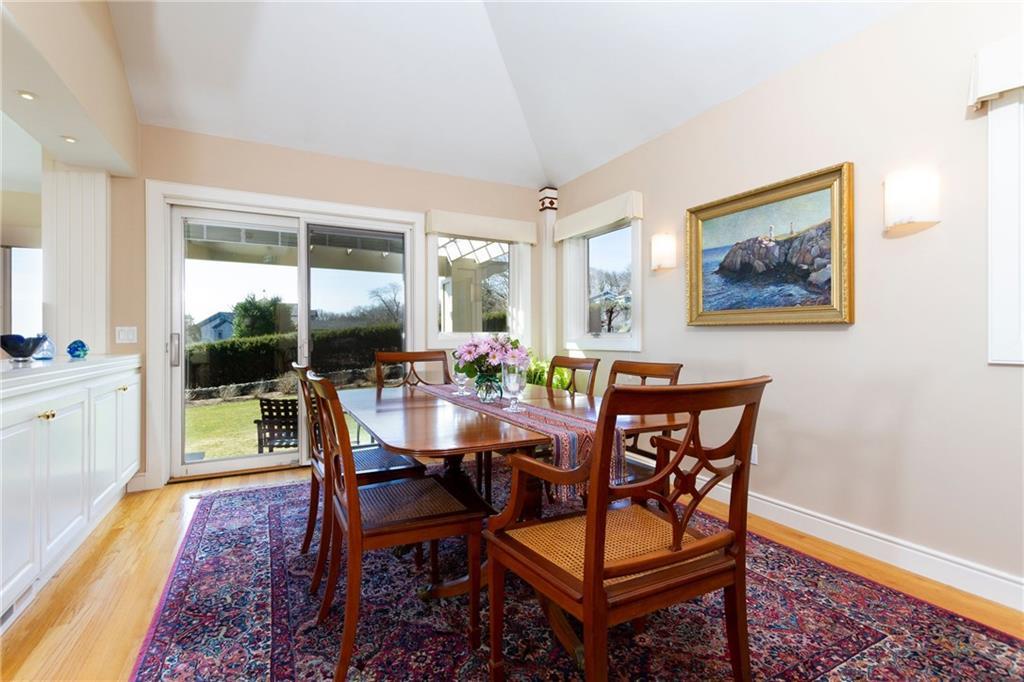 55 Searidge Drive, Narragansett