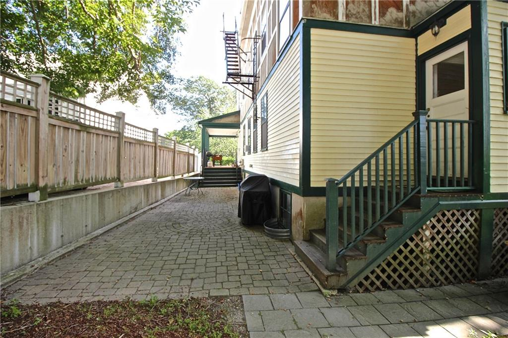 52 Morton Avenue, Unit#2, Newport