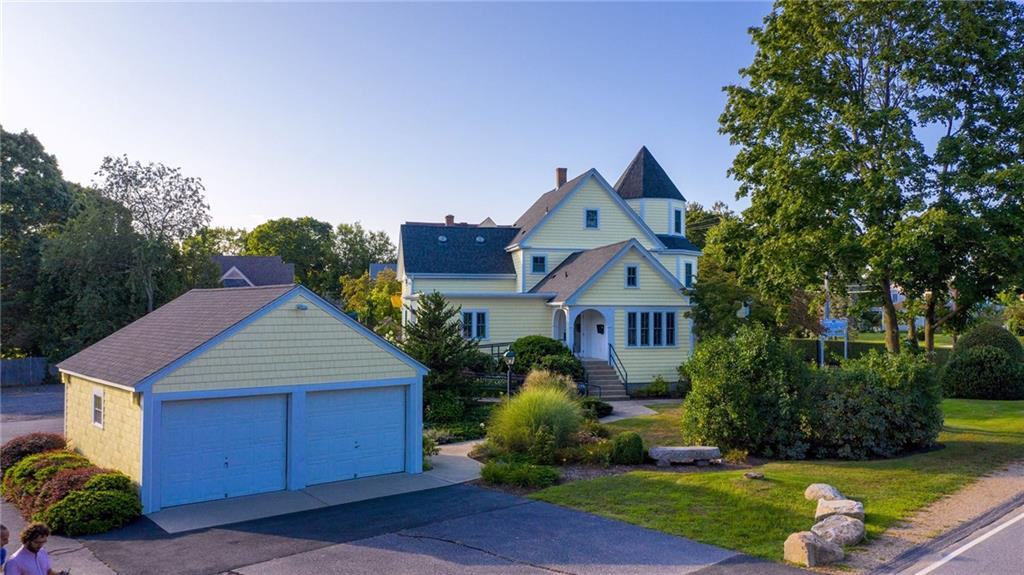 65 Boston Neck Road, North Kingstown