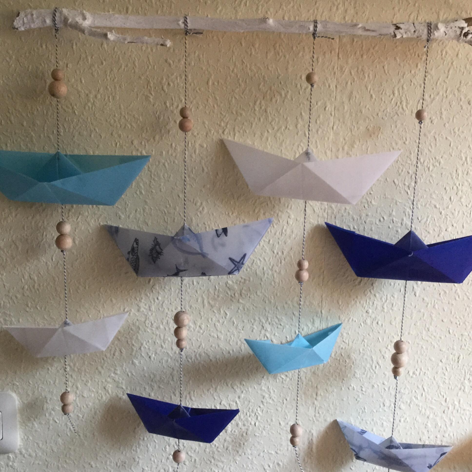 Meine Schiffchen schweben in der Luft – oder – Ein maritimes Mobile