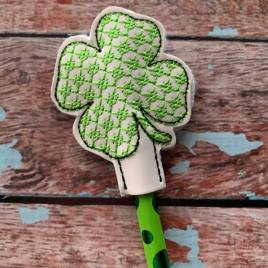 ITH Shamrock 4×4 and 5×7 included- Embroidery Design – DIGITAL Embroidery DESIGN