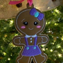 ITH – Gingerbread Family Set #3 Ornament 4×4 and 5×7 grouped – Digital Embroidery Design