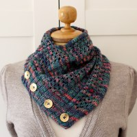Happy Valley Cowl