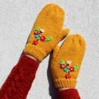 Floral Bouquet Mittens Gloves