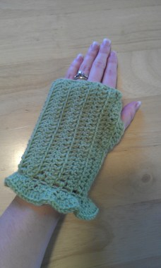 Green Ruffled Wrist Warmers