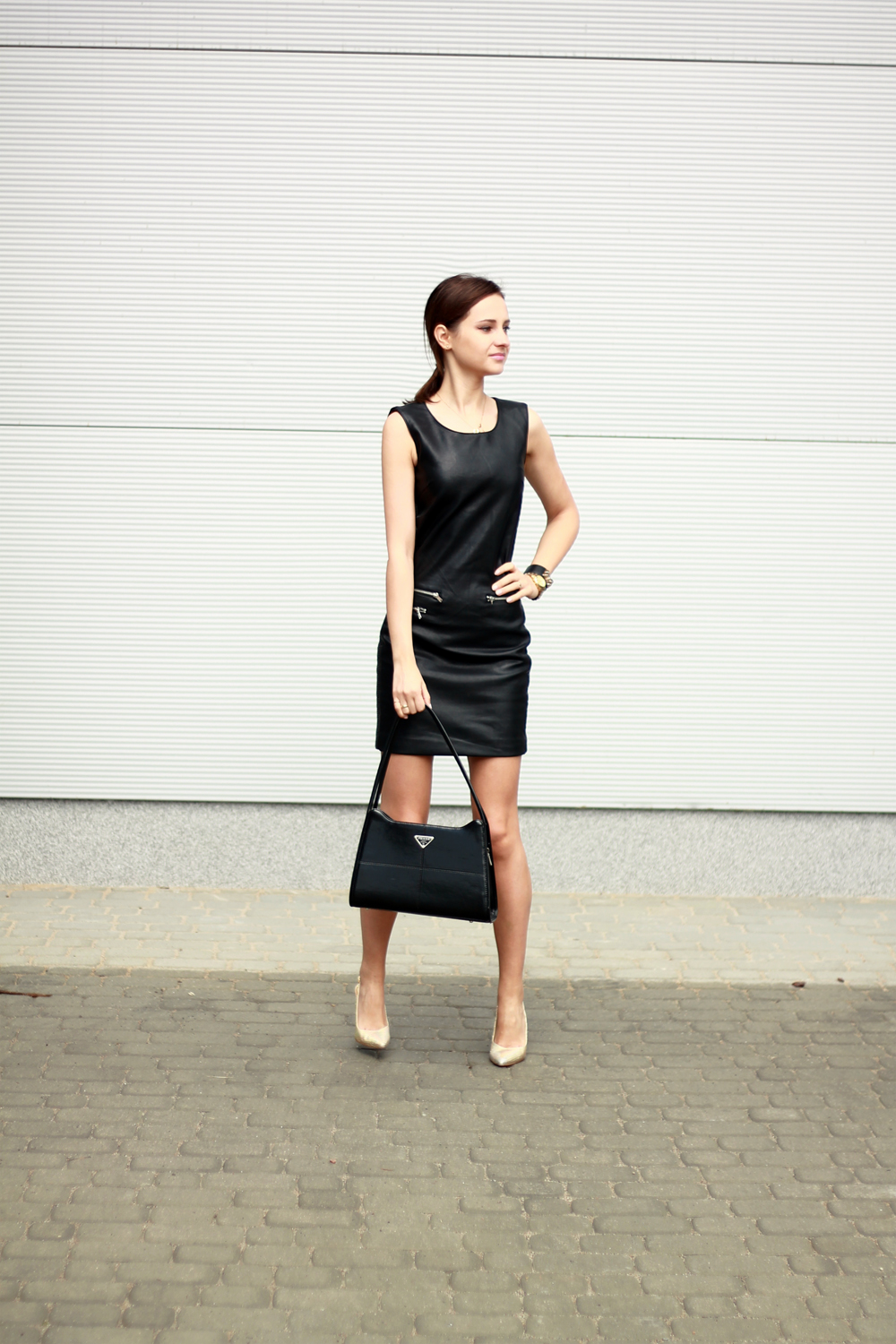 fashion blog street style chic vogue tumblr girl black dress lilicons 6