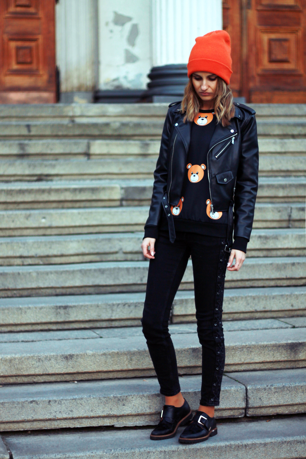 fashion love street style grunge bear sweatshirt zara tumblr girl casual ootd