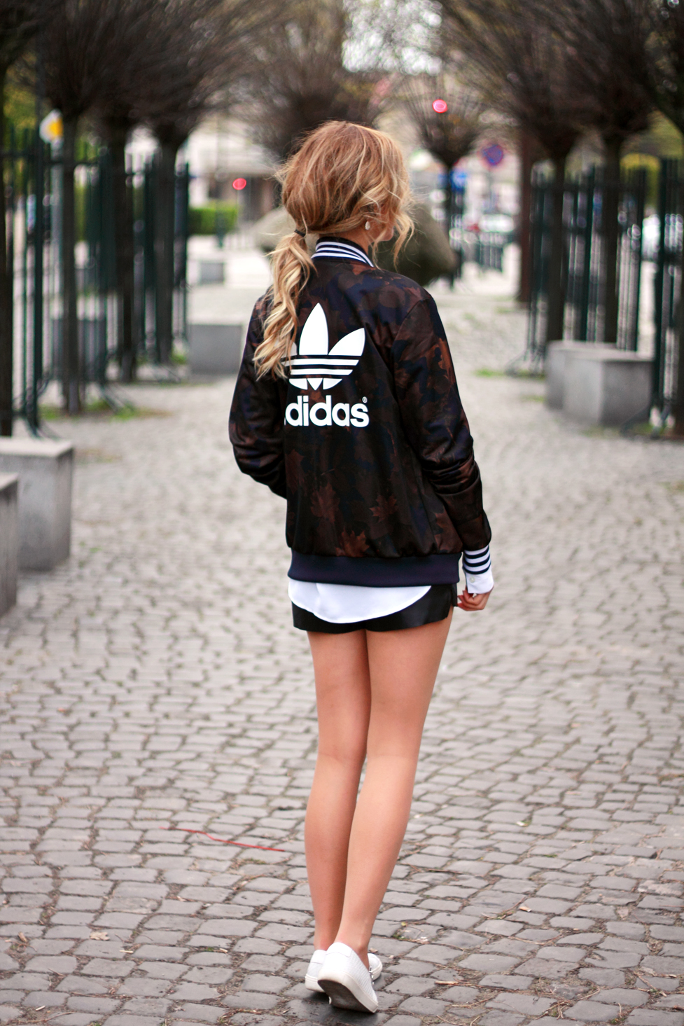 street style tumblr girl blonde beauty ootd look lookbook outfit adidas jacket fashion vogue