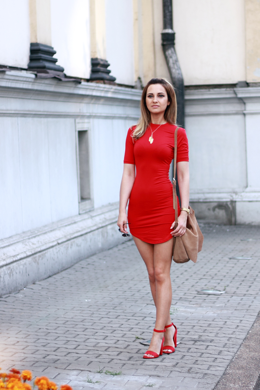 street style fashion red dress blonde girl tumblr ootd outfit lookbook look what to wear