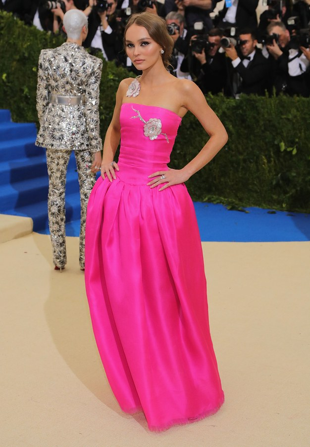 Met Gala 2017 Lily Rose Depp in Chanel dress
