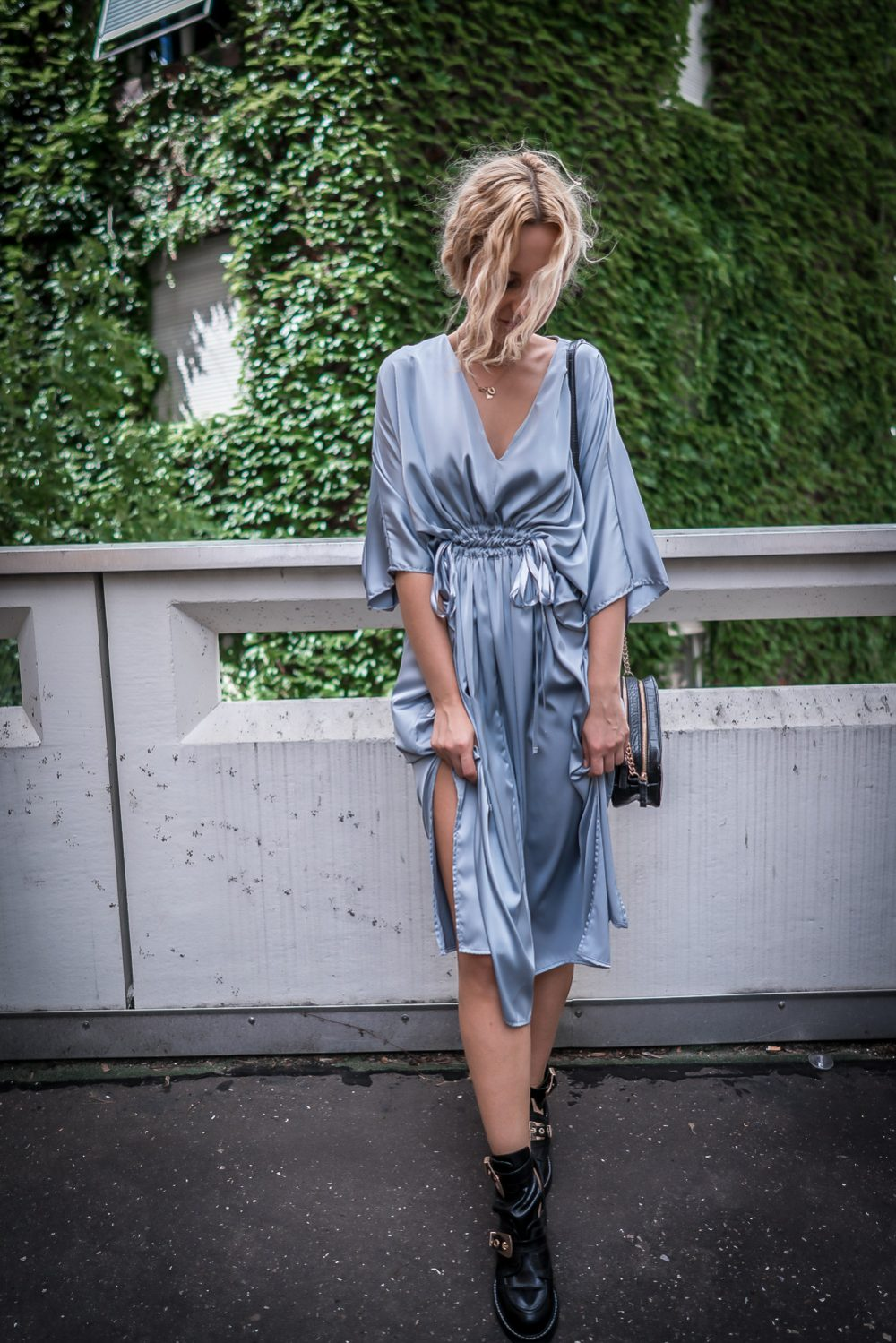 hm silver silk midi dress romantic girl street style look ootd outfit fashion bloger pinterest