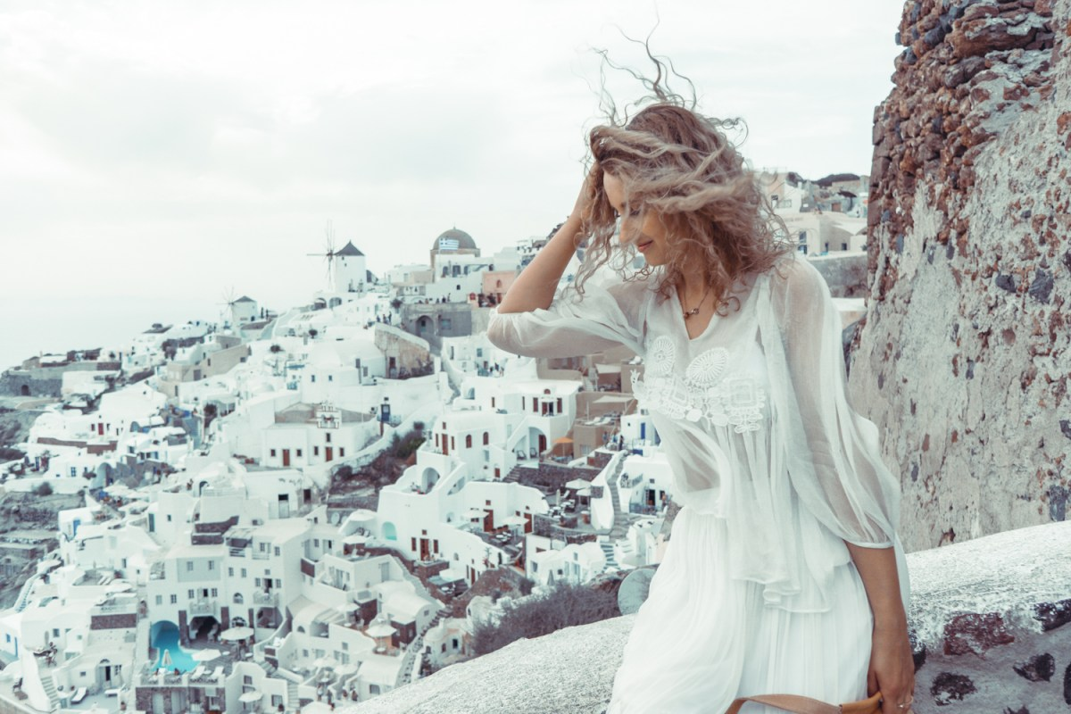 Travel: Santorini, Oia. White angel dress.
