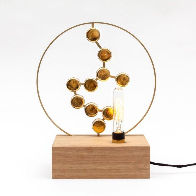 lampe-bois-épurée-or-sculpture-designmoiquitues