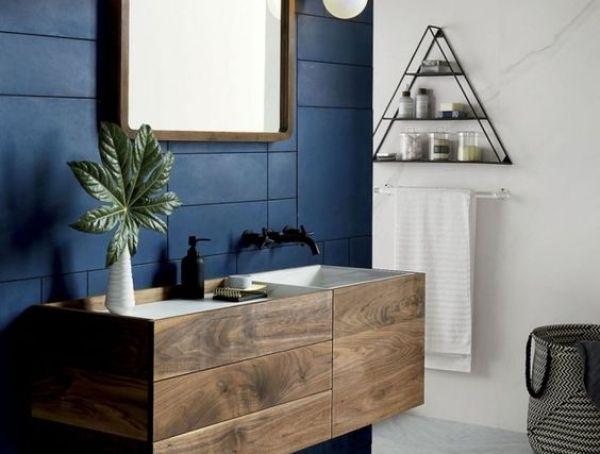 salle de bain bleu foncé pinterest lili deambule