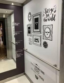 cage d'ascenseur For You Hostel