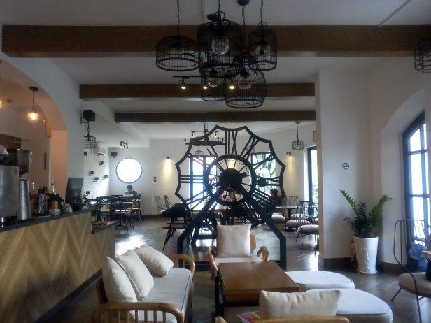 NEW Loft Cafe and Restaurant@95 Pasteur, Nguyễn Thái Bình, Quận 1, Hồ Chí Minh, Vietnam
