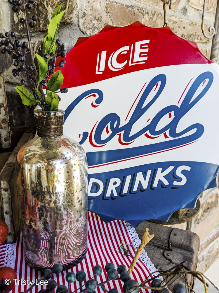 Ice cold cola sign