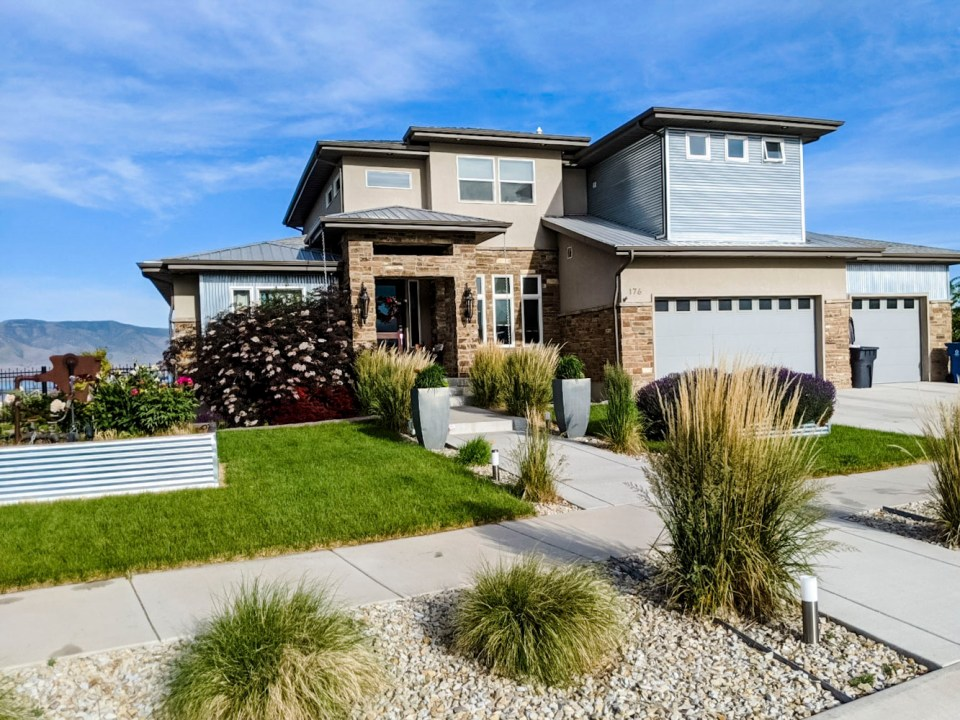 Utah Lakeside Yard Front