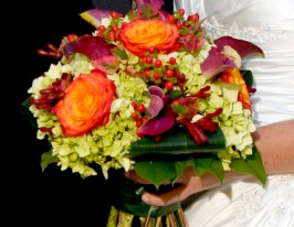 Fall Bouquet With Calas