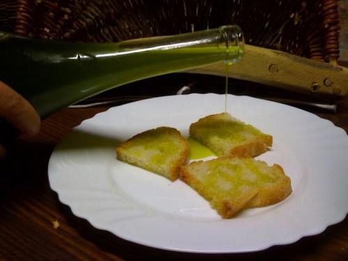 pane e olio nuovo