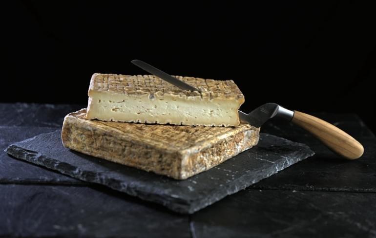 formaggi-principi-delle-orobie-Stracchino-Antica