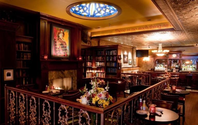 ristoranti letterari wilde-bar-restaurant-chicago