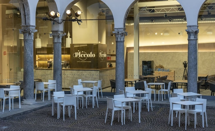 Piccolo Cafè restaurant via rovello