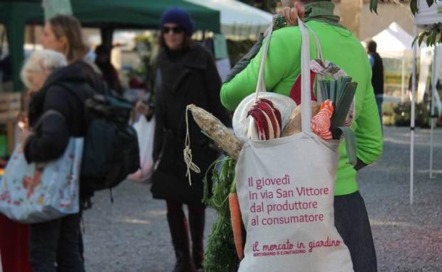 Mercato in giardino Milano